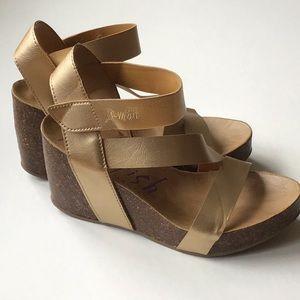 🔹 2/20$ Blowfish Wedge Sandals